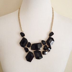 Jewelry - Black Statement Necklace