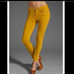 HP! PERFECTION Rag and Bone Yellow Zipper Capri 27