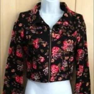 Floral jacket New with out tag