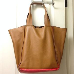GAP Handbags - Leather Tote