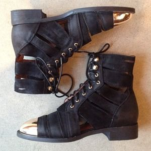 New Jeffrey Campbell Slasher Ankle Boots! Size 8