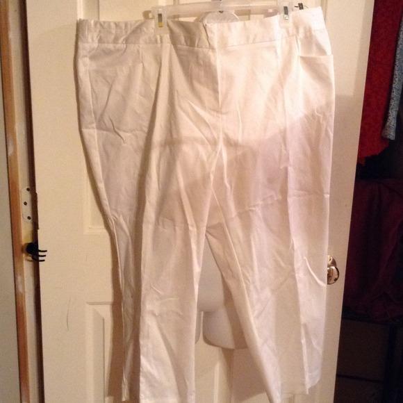 292ab8abc9602 White dressy pants size 22 plus NWT jc penny