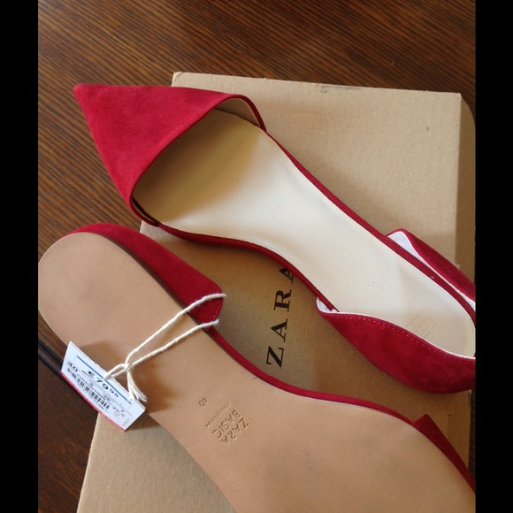 Zara Shoes - New Zara Vamp Pointed Toe Flats w Heel - Red Suede
