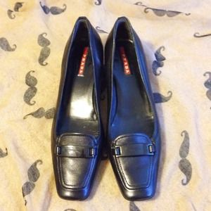 Prada Shoes - ❗️Flash Sale❗️Prada Leather Loafer Black Pumps
