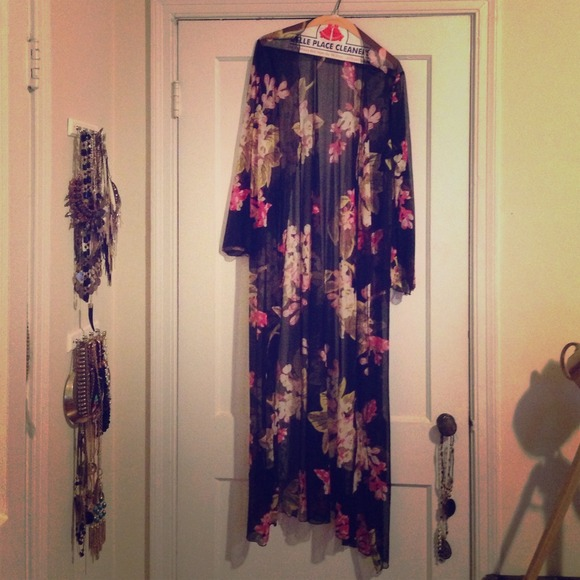 Long sheer kimono cardigan S from ! devon's closet on Poshmark