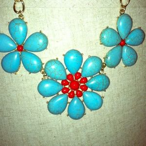 Gorgeous turq & coral flower statement necklace