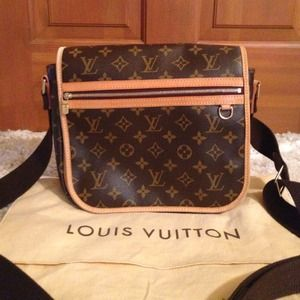 Authentic Louis Vuitton Bosphere Pm Messenger Bag