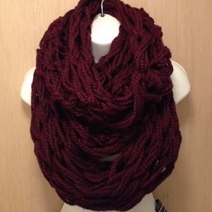 Accessories - Long Chunky Knitted Infinity Scarf