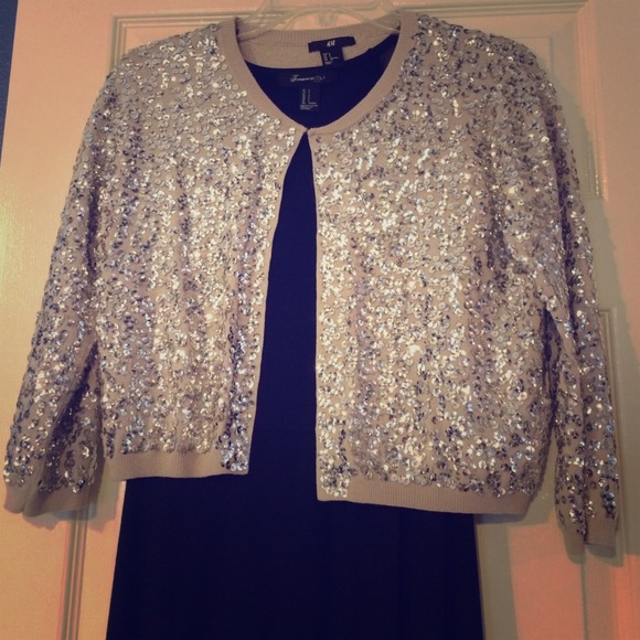 25 Off H Amp M Sweaters H Amp M Silver Cropped Sequin Cardigan
