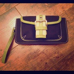 NWOT large wallet