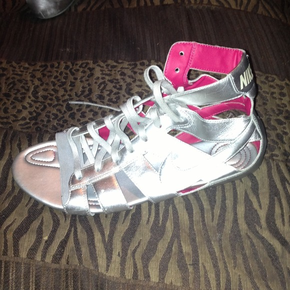 Nike Shoes Gladiator Sandals In Color Silver Poshmark