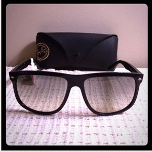 Authentic Ray-Ban Flat Top Boyfriend Sunglasses!!