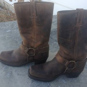 Frye Boots - NWOT Frye boots! Size 7 1/2❗REDUCED❗❗