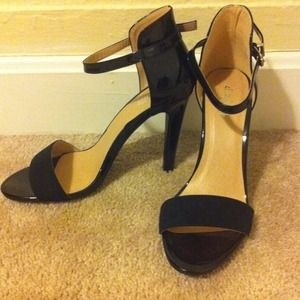 Zara Shoes - black heels