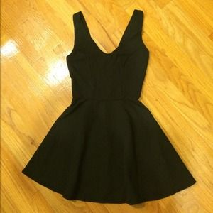 Topshop Dresses & Skirts - Topshop skater dress