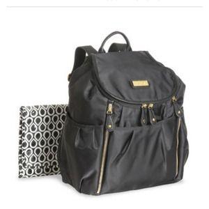 55 off carter 39 s handbags carter 39 s kenneth cole diaper bag bundle from rebeca 39 s closet on poshmark. Black Bedroom Furniture Sets. Home Design Ideas
