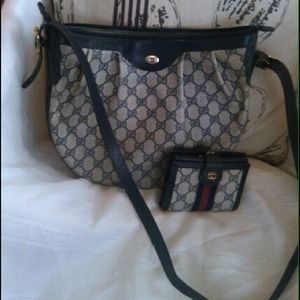Authentic Gucci Handbag & matching wallet