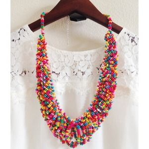 NWT! Colorful beaded statement necklace