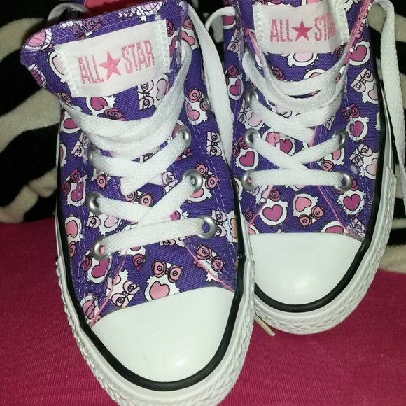 58% off Converse Shoes - Reduced Converse Owls Size 4 women's size ...