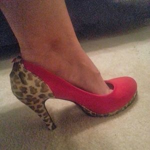 $$$ REDUCED $$$ suede and leopard pumps