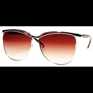 Gold cat eye sunglasses and gradient brown lenses