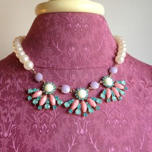 Jewelry - Pastel/Pearl Necklace