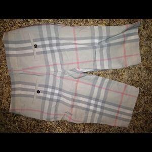 Burberry Shorts - NWT 🙆🎉 Burberry Bermuda Shorts 🎉
