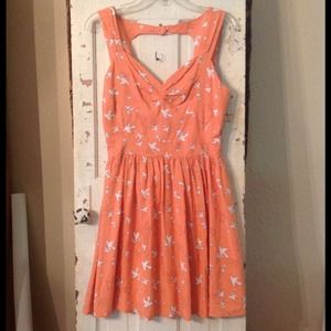 American rag skater dress Peach w/white dove print