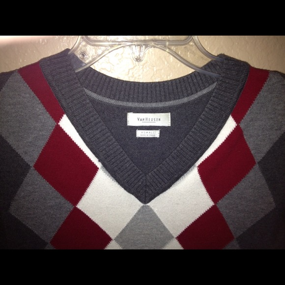 Van Heusen Women'S Argyle Sweater 11