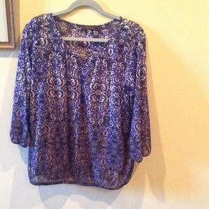 The Limited sheer peasant top 3/4 sleeve XL