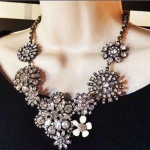 Jewelry - Flower lattice statement necklace.  Gorgeous!!!!! 1