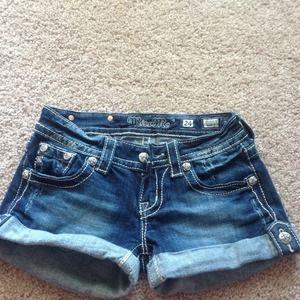 Miss me size 24 jean shorts with design