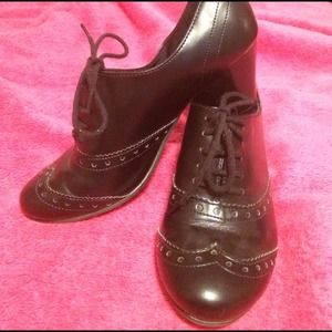 Oxfords with chubby heel