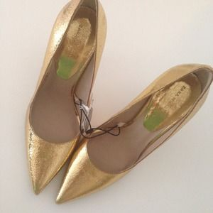 Zara Shoes - ON HOLD Metallic Crinkled Gold Pumps