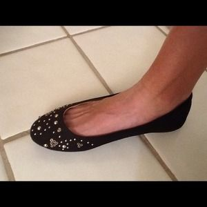Report Shoes - Black Report Suede like Flats w/ Gold Studs