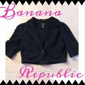 Banana Republic Jackets & Blazers - Banana Republic Black Cropped Blazer
