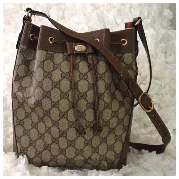 6c425f06732 Gucci Handbags - Vintage Gucci Drawstring Shoulder Bag!