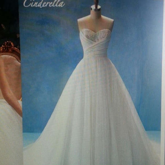 15 off alfred angelo dresses skirts alfred angelo for Alfred angelo cinderella wedding dress