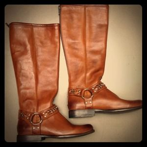Size 6 Frye boots