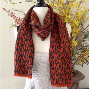 Michael Kors Scarf - orange/black