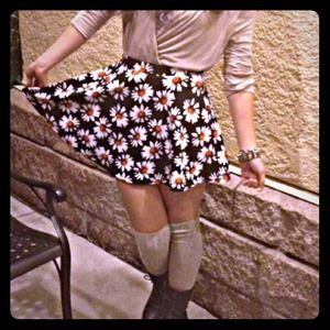 Dresses & Skirts - sunflower skater skirt