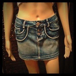 Denim - ✂REDUCED!✂NWOT. Stretch denim mini-skirt.