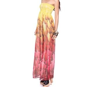 Forever 21 Dresses & Skirts - Forever 21 feather print tube maxi dress