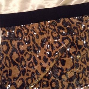 Poof Couture Dresses & Skirts - 💋BNWT💋 LEOPARD PRINT SEQUINED MINI SKIRT🔥