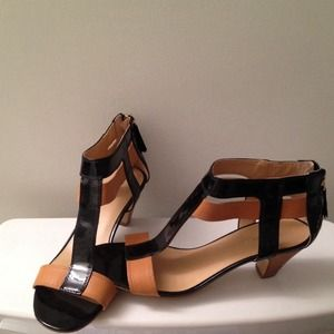 Nine West Shoes - Nine West colorblock sandals!