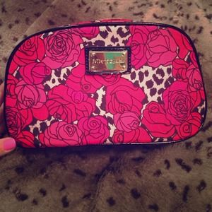 BETSEY JOHNSON Cosmetic Bag. NWOT