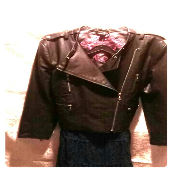 Danier leather jackets outlet