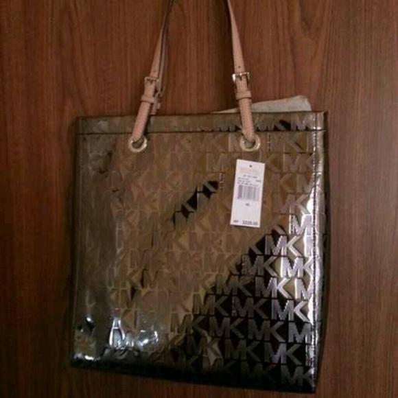 63bd8d603b44 SOLD  Mk bag authentic