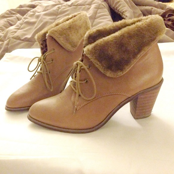 Shoes - Fur top booties