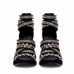 Zara Shoes - ❌SOLD❌🌟3X HP🌟